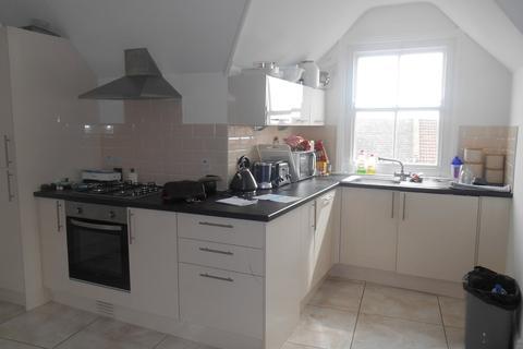 2 bedroom apartment to rent - Devonshire Avenue