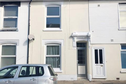 5 bedroom terraced house - *NO STUDENT FEES 2021* Telephone Road, Southsea
