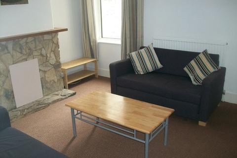 3 bedroom terraced house to rent - *NO STUDENT FEES 2019* Newcome Road, Portsmouth