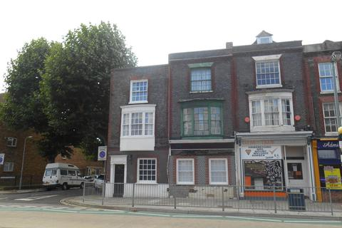 7 bedroom terraced house to rent - *NO STUDENT FEES 2020* QUEEN STREET, Portsmouth