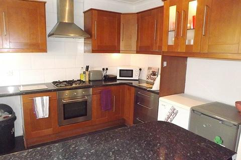 3 bedroom terraced house to rent - *NO STUDENT FEES 2020* Duncan Road, Southsea