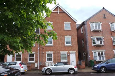2 bedroom ground floor flat to rent - Sandringham Road, Portsmouth