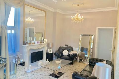 2 bedroom apartment to rent - Executive Luxury duplex apartment