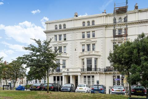 2 bedroom flat for sale - Palmeira Square Hove East Sussex BN3