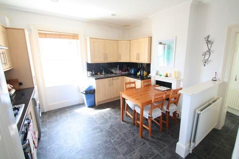 2 bedroom apartment to rent - Montpelier Crescent, Brighton, BN1