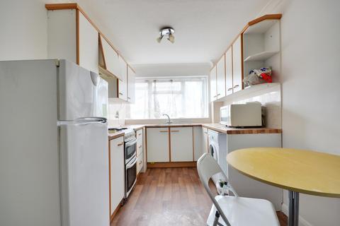 3 Bedroom End Of Terrace House To Rent Whitehall Road Uxbridge Middleub8