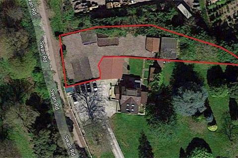 2 bedroom detached bungalow for sale - Swan Road, Iver, Buckinghamshire
