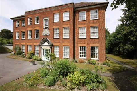 2 bedroom flat to rent - St Cross Road, Winchester, Hampshire