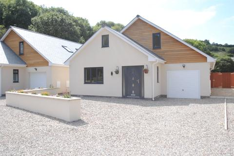 4 bedroom detached bungalow for sale - The Cedars, Higher Slade Road