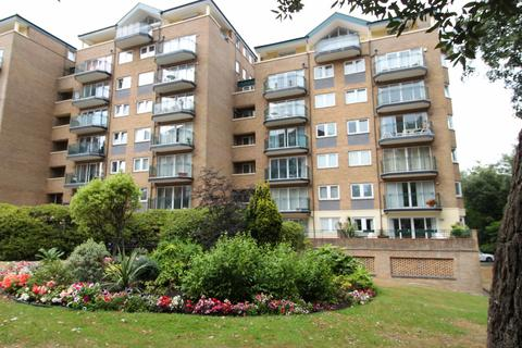 2 bedroom flat for sale - Manor Road, Bournemouth ,