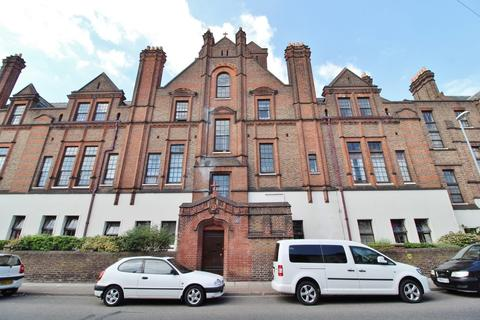 1 bedroom flat for sale - Lawrence Road, Southsea