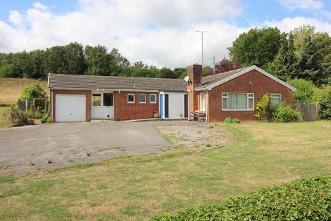 3 bedroom detached bungalow for sale - Ladycroft, Alresford