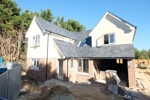 4 bedroom detached house for sale - The Bringey, Great Baddow, Chelmsford, CM2