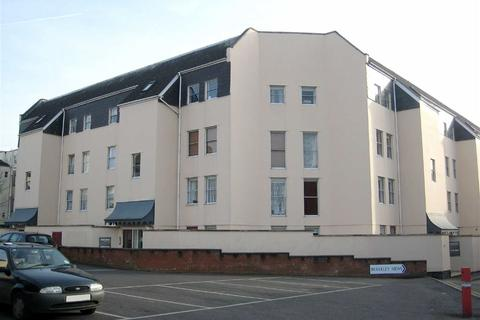 2 bedroom flat to rent - High Street, Town Centre, Cheltenham