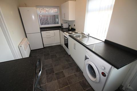 3 bedroom end of terrace house to rent - Challoner Road, Hartlepool