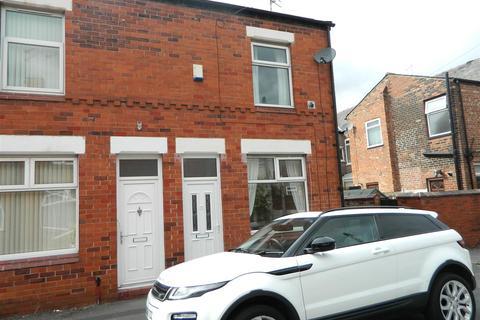 2 bedroom terraced house to rent - Leaf Street, Reddish, Stockport