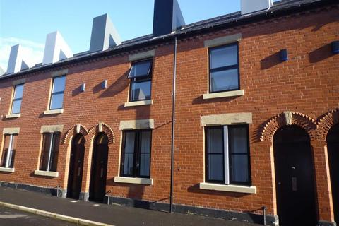 2 bedroom terraced house to rent - Reservoir Street, Salford, Manchester, M6