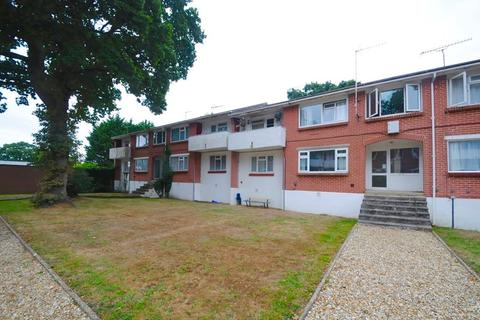 2 bedroom flat for sale - Plantation Road, Poole