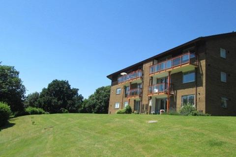 2 bedroom apartment to rent - Bishops Court, Knoll Hill