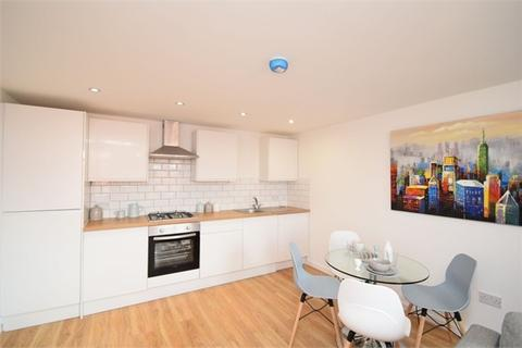 2 bedroom flat to rent - Middle Hillgate, Mottram Street, Stockport, Cheshire