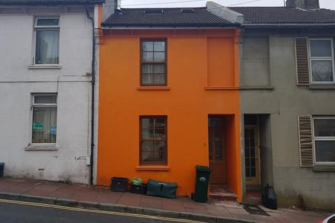 3 bedroom terraced house to rent - Arnold Street, Brighton