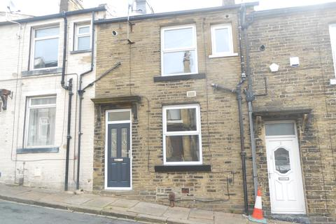 1 bedroom terraced house to rent - Providence Terrace, Thornton BD13
