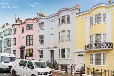 2 bedroom flat to rent - Norfolk Road, Brighton, BN1