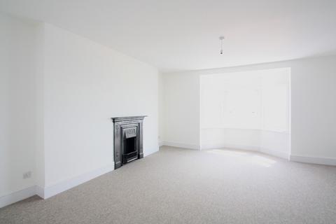1 bedroom apartment to rent - Marine Parade, Brighton, BN2