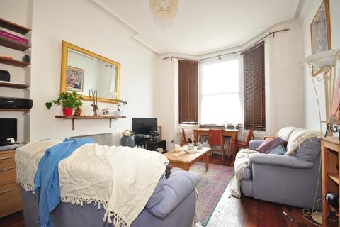 2 bedroom flat to rent - Upper Rock Gardens Brighton BN2