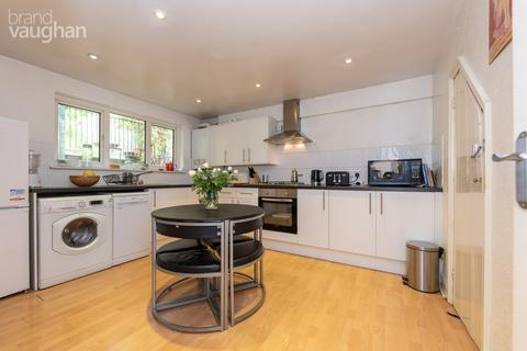 3 bedroom semi-detached house to rent - Thompson Road, Brighton, BN1