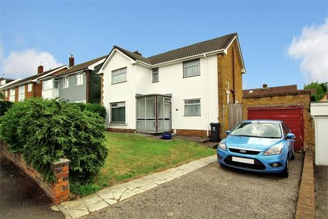 3 bedroom detached house for sale - Padarn Close, Lakeside, Cardiff