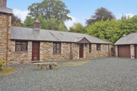 2 bedroom semi-detached bungalow for sale - Tregeare, Launceston