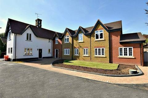 3 bedroom flat for sale - Grand Union Apartments, Kings Langley, Hertfordshire