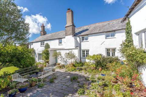 8 bedroom detached house for sale - Brayford, Barnstaple, Devon