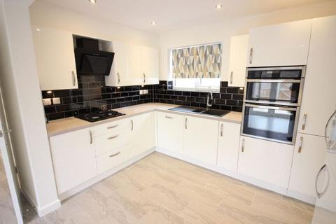 4 bedroom terraced house to rent - Norburn, Bretton, Peterborough