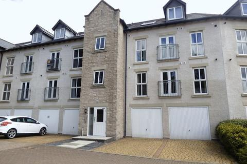 2 bedroom apartment for sale - Kirkstone Close, Kendal