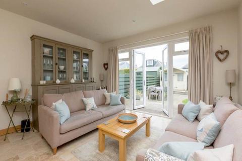 2 bedroom house to rent - Bryce Avenue, Edinburgh,