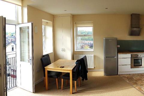 2 bedroom flat to rent - 902/906 Ecclesall Road