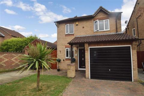 3 bedroom detached house for sale - Langley Park, Kingswood, Hull, HU7