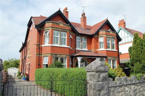 4 bedroom apartment for sale - Ebberston Road East, Rhos On Sea, Colwyn Bay
