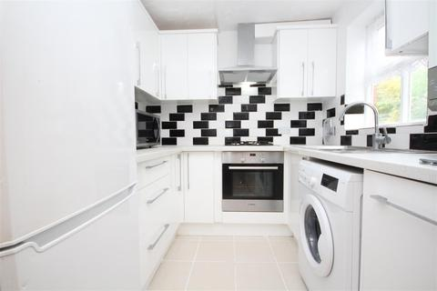 2 bedroom apartment to rent - Shaftesbury Gardens, North Acton, NW10 6LL