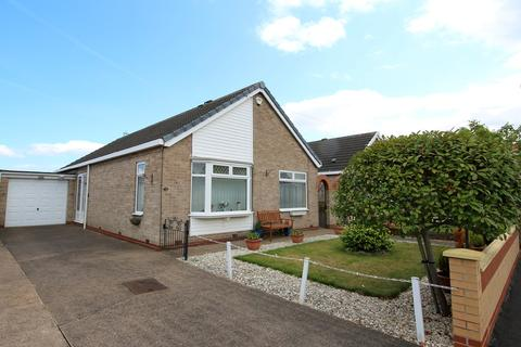 2 bedroom detached bungalow for sale - Brimington Road, Willerby, HULL, HU10