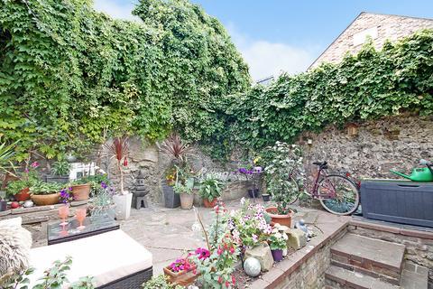 1 bedroom flat for sale - Devonshire Place, Brighton, BN2 1QB