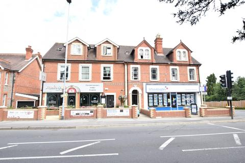 3 bedroom apartment to rent - Basingstoke Road, Spencers Wood, Reading, Berkshire, RG7