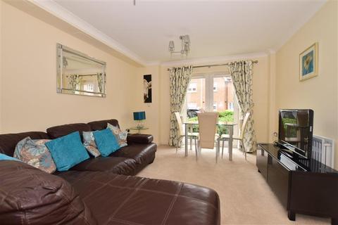 2 bedroom ground floor flat for sale - Hardy Avenue, Dartford, Kent