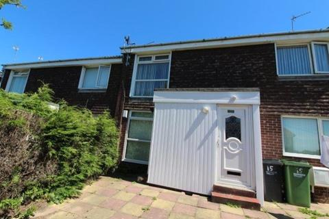 2 bedroom ground floor flat to rent - Pembroke Gardens, Ashington