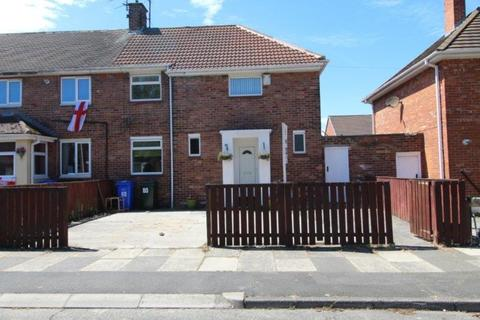 3 bedroom semi-detached house to rent - Lindsay Avenue, Blyth