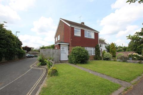 3 bedroom semi-detached house to rent - Hadmans Close, Horsham