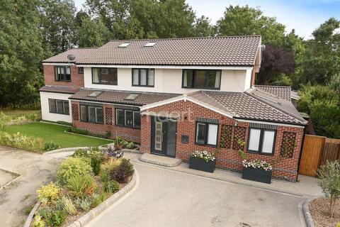 8 bedroom detached house for sale - Dane Drive, Cambridge