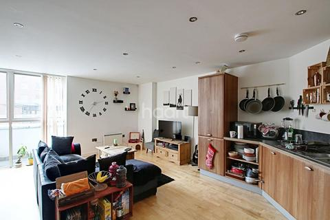 2 bedroom flat for sale - The Living Quarter, St Marys Gate